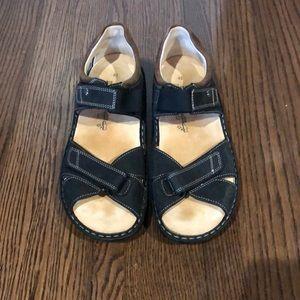 0924abbf12b1b5 Finn Comfort Shoes - Finn Comfort Black Gomera Comfort sandals size 11